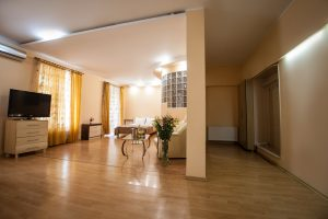 Room and hall - Family room in Odessa