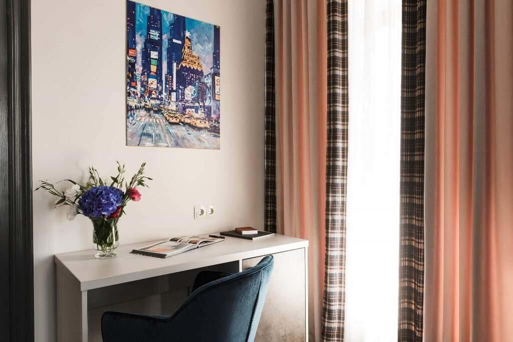 Superior-room-hotel-odessa (4)
