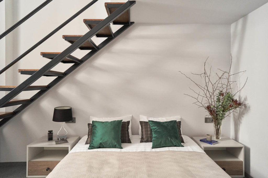 402-superior-room-double-bed